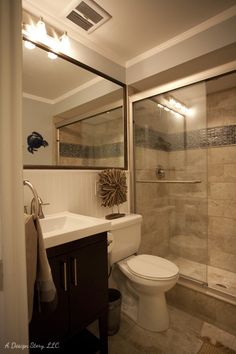 Small bath ideas. Love the large mirror over the sink and toliet