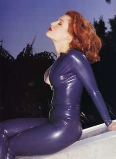 """<b>The 44-year-old """"X-Files"""" star recently told Out Magazine she's had <a href=""""http://www.buzzfeed.com/whitneyjefferson/gillian-anderson-comes-out-as-bisexual"""">lesbian relationships</a>...let's celebrate with this photo gallery.</b> Scully rules. She's the original <a href=""""http://www.buzzfeed.com/gavon/karen-gillan-was-naked-and-wandering-the-halls-of"""">Karen Gillan</a>."""