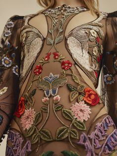 alexander mcqueen floral embroidered ballgown detail