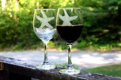 Starfish engraved wine goblets. glassware, stemware, set of two Beach decor - Beach house