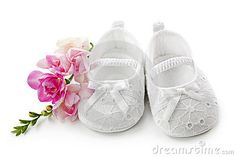 http://www.dreamstime.com/baby-girl-shoes-with-pink-flowers-thumb17928665.jpg
