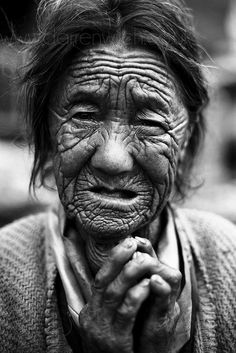 Nepal by Darren Wilch Old Faces, Many Faces, We Are The World, People Around The World, White Photography, Portrait Photography, Foto Face, Interesting Faces, Photos