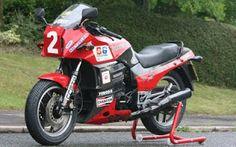 Bray Hill: GPZ 900 R