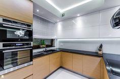 Kuchnia styl Nowoczesny - zdjęcie od STUDIO FORMA - Kuchnia - Styl Nowoczesny - STUDIO FORMA Kitchenette, Beautiful Kitchens, Kitchen Cabinets, Dining Room, House, Studio, Kitchen Ideas, Design, Home Decor
