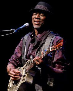 Keb' Mo' #music #theblues #kebmo http://www.pinterest.com/TheHitman14/musician-bluesjazz-%2B/