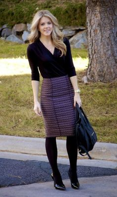 Pencil skirt with tights