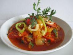 Kolbászos lecsó (40. hét, csütörtök) Thai Red Curry, Ethnic Recipes