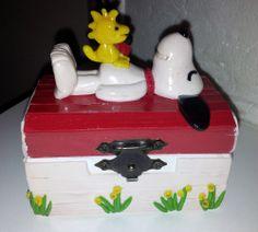 Snoopy Box1