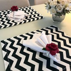 Dining Room Table Decor, A Table, Boho Home, Diy Home Crafts, Animal Print Rug, Table Settings, Creations, Crafty, Table Decorations