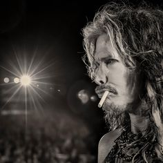 Steven performs with Aerosmith in Norway Mia Tyler, Liv Tyler 90s, Brad Whitford, Steven Tyler Aerosmith, Elevator Music, Joe Perry, Christina Aguilera, Famous Faces, Musica