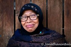 Portrait Kota Gede Jogjakarta Indonesia  For the book Secrets of Bali Fresh Light on the Morning of the World - go to http://ift.tt/2oNwySP  For the book Murnis Bali Tours Where to go What to do and How to do it - go to https://ift.tt/2oRi9EL  For more photos - go to https://ift.tt/2F17dJB  #aroundtheworld #worldtraveler #jonathaninbali #www.murnis.com #travelphotography #traveler #lonelyplanet #travel #travelingram #travels #travelling #traveling #instatravel #travelphoto#exploringtheglobe…