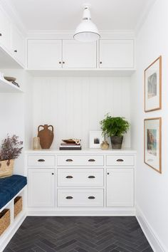 A Simple & Practical Home With Charm in Pacific Palisades Home Renovation, Design Loft, Diy Home, Home Decor, White Subway Tiles, Charming House, Custom Cabinets, Mudroom, Decoration