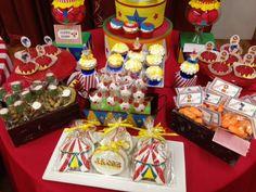 Treats at a Circus Party #circus #partytreats