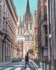 Likes, 64 Comments - Karen Delgado Spain Winter, Barcelona Pictures, Places To Travel, Places To Go, Barcelona Travel, Barcelona Spain, Spain Travel Guide, Madrid, Destinations