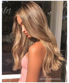 Blonde Hair Looks, Honey Blonde Hair, Blonde Hair With Highlights, Brown To Blonde, Brunette Hair, Carmel Blonde Hair, Blonde Hair Color Natural, Beige Hair Color, Hazel Hair Color