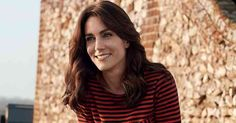 See the first pictures of Kate Middleton for her debut Vogue cover- http://lifestyle.one/grazia/fashion/news/kate-middleton-first-vogue-shoot-cover-uk-duchess-cambridge-pictures/