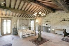 Pallet Whitewashed Ceilings | Assisi villa in Italien, ferien privat villa mit pool ...