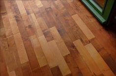 Holz Massiv Boden aus Thermoholz. #dielen #massivholzdielen #holz Hardwood Floors, Flooring, Interior Home Decoration, Wood Floor Tiles, Wood Flooring, Floor