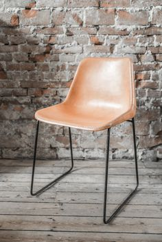 Leather chair Sol y Luna - RAW MATERIALS STORE, Amsterdam www.rawmaterials.nl - Picture © Paulina Arcklin