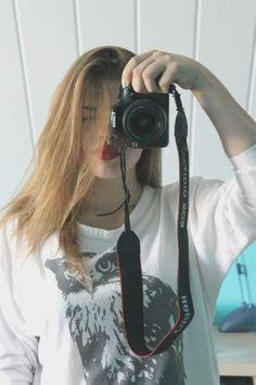 Red lips #canon #girl #lightphoto