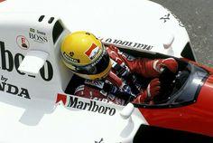 """""""El casco esconde sentimientos que no se pueden entender"""". Ayrton Senna, McLaren (MP4/6) Honda V12. GP Spain 1991."""