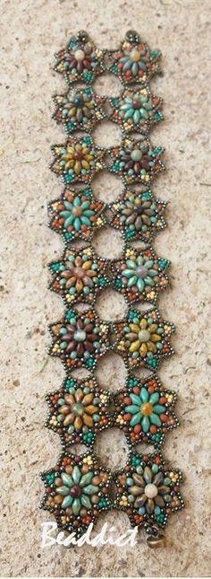 SD Star bracelet. Beaded by Beaddict. Seed beads, superduo beads, fancy jasper stone beads.
