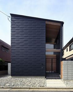 画像詳細 | KASHA - カシャ - Japan Architecture, Residential Architecture, Contemporary Architecture, Exterior House Colors, Exterior Design, Interior Cladding, Halls, Interesting Buildings, Japanese House