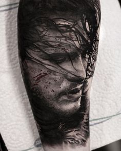 15 amazing tattoos from the Game of Thrones Snow Tattoo, Fan Tattoo, Game Of Thrones Tattoo, Game Of Thrones Art, Jon Snow, Amazing 3d Tattoos, Cool Tattoos, Tasteful Tattoos, Best Sleeve Tattoos