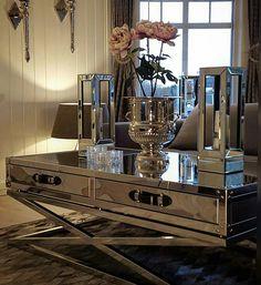"Classic Living på Instagram: ""Nydelig hos @hanas_home @classicliving #sanfranciscosalongbord140 #vakrehjemoginteriør #interior4all #interiors #interiordesign #inspire_me_home_decor #interior4you1 #interior444 #interior9508 #interior125 #interiør #decor #decorations #shabbyhome #passion4interior #interiorforyou #interiorforinspo #herregårddesign#classicliving #classyhomes #classyinteriors #interior4you #dreaminterior555 #sanfranciscosalongbord140"""