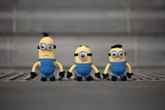 I need these!  Mom @Carol Taylor Bishop, you need to show me how! crochet amigurumi Despicable Me Minions