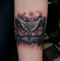 tattoo realismo Sandra Dauksta coruja