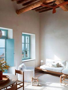 Greece House, Greece Design, Mediterranean Style Homes, Mediterranean Architecture, Tropical Home Decor, Interior Decorating, Interior Design, Decorating Tips, Beach House Decor