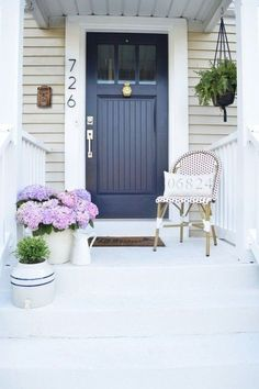 New Blue Front Door Colors Curb Appeal Living Rooms Ideas House Siding, House Paint Exterior, Exterior Paint Colors, Exterior House Colors, Beige House Exterior, Diy Exterior, Exterior Design, Door Design, House Design