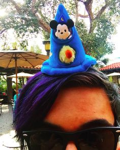 Spent some time at #californiaadventure with my apprentice @grabe_zabe. Can't wait to go back. Always a good time with fellow tsums friends and family. #minitsumtsum #magichat #houseofmousesc #tsumlife #tsumtsum #disneyland #magic #sorcerermickey #mickeymouse #disneysocialclubs by magicsorcerertsum