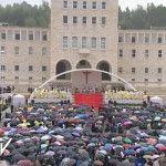 Papa Francisco en el rezo del Ángelus: «Toda la Iglesia en Albania y todo el pueblo albanés en manos de la Virgen juntos hacia la esperanza que no defrauda»