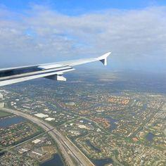 Atterrissage à Ford Lauderdale Florida #francaisauxusa Atterrissage a Ford Lauderdale Florida photo by @romain_ca  #frenchblogger #frenchexpat #frenchintheusa #voyageusa #usa #discoverusa #travelusa #travelamerica  #amerique #etatsunisdamerique | Photo de @romain_ca