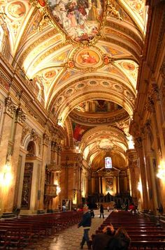 Córdoba:interior de la catedral Largest Countries, Countries Of The World, Cathedral Church, Beautiful Architecture, City Lights, South America, Google Images, Barcelona Cathedral, Rome