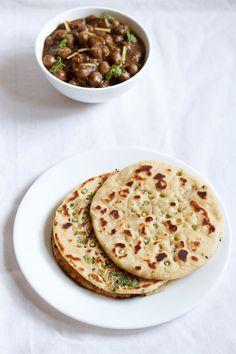 garlic naan, garlic naan on stove top and oven, garlic naan recipe