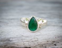 Emerald Ring  Emerald Ring Size 7.75  May by NaturalRockShop
