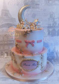 Baby shower cake. Twinkle star theme