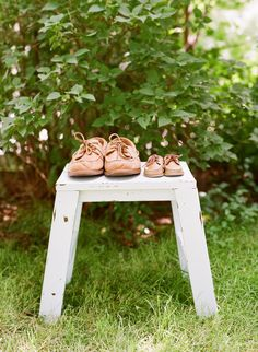 daddy and son matching sperry topsider shoes, cute baby shoe photo | rhode island wedding photographer | mandy mayberry photography