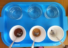 Deti mali k dispozícii 6 druhov potravín a mali zistiť, ktoré z nich sú rozpustné vo vode a ktoré nie. Usilovne testovali N... Pudding, Tableware, Desserts, Food, Tailgate Desserts, Dinnerware, Deserts, Puddings, Dishes