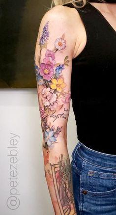 Pete Zebley • Central Tattoo Studio Vintage Flower Tattoo, Flower Tattoo Designs, Vintage Floral Tattoos, Colorful Flower Tattoo, Feminine Tattoo Sleeves, Feminine Tattoos, Shoulder Tattoos For Women, Sleeve Tattoos For Women, Pretty Tattoos
