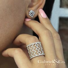 Gabriel & Co Fine Diamond Jewelry - Shop Now! Diamond Earrings Indian, Diamond Jewelry, Gold Jewelry, Jewelry Shop, Amethyst Jewelry, Gold Earrings Designs, Necklace Designs, Diamond Tops, Diamond Bands