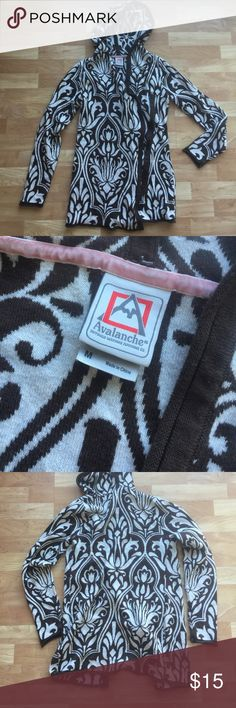 Avalanche Patterned Tunic Sweater great condition. sz med. only tagged North Face for visibility North Face Sweaters