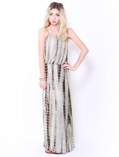 Loving this color for this maxi #SFLsummerstyle