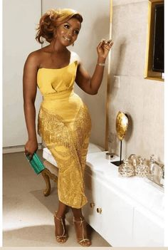Aso Ebi Lace Styles, Lace Gown Styles, Ankara Styles, African Fashion Ankara, African Print Fashion, African Prints, African Lace Dresses, Africa Dress, Short Gowns