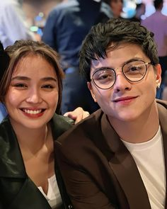 Filipino, Daniel Padilla, Kathryn Bernardo, Couple Pictures, Couple Goals, Taehyung, Dj, Best Friends, Blue Hearts