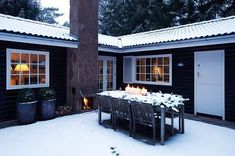 Love the outdoor table candlelight Copenhagen Apartment, Charlie Brown Tree, Living Etc, Outdoor Spaces, Outdoor Decor, Cabins And Cottages, Modern Christmas, Christmas Time, Christmas Inspiration
