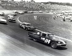 The Most Tragic Accidents On The Track In Nascar History Nascar Race Cars, Old Race Cars, Nascar Heat, Mustang, Ford Classic Cars, Grand National, Vintage Race Car, Dirt Track, Car And Driver